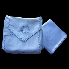 Set White Damask Napkins Rose Design with Embroidered Napkin Envelope