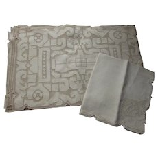 Formal Table Linens Madeira Mats & Napkins Ecru Tone