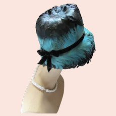 Amazing Lampshade Style Hat Coq Feathers in Teal & Black