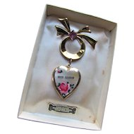Souvenir  Shedd Aquarium Chicago Locket Gold Plated Rose Hand Painted in Original Box