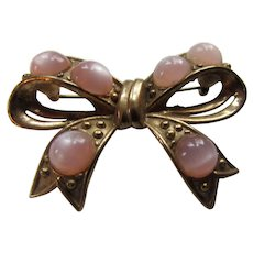 Vintage Bow Shaped Brooch in Pink Moonstone Style and Gold Tone Mounting
