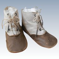 Old Cloth And Leather HIgh Top Tie Shoes