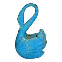 Royal Hickman Florida Petty Glaze Sky Blue Swan Vase
