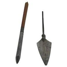 Two, Manchu-China Arrow Tips