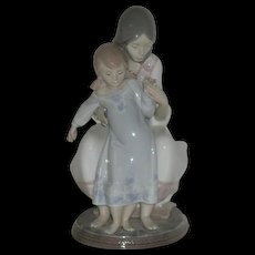 1988, LLadro, Fine Porcelain, Tenderness Figurine