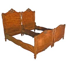 Fancy Pair Inlaid Twin Beds