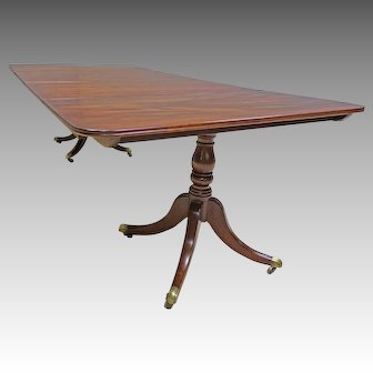 Duncan Phyfe Mahogany Dining Table