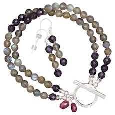 Shimmering Labradorite and Amethyst Bracelet and Earrings Set