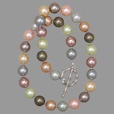 Shining Pastels Shell-Pearl Necklace