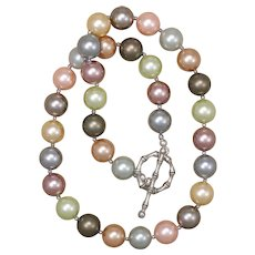 Shining Shell Pearl Necklace