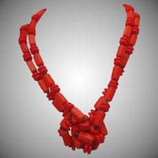 Hot Peppers Glass Necklace 52 inches