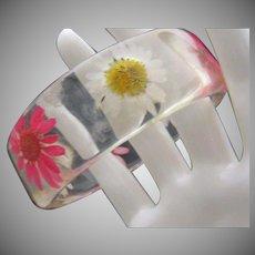 Lucite Daisy Inset Bracelet c1960