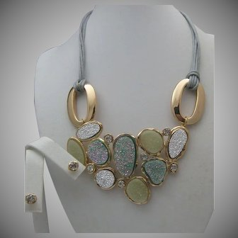 Frosted Turquoise Modern Necklace Set