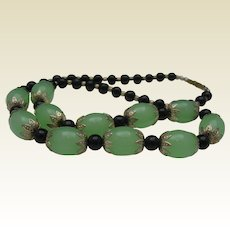 Art Deco Apple Green Glass Necklace