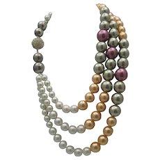 Elegant Pearl Necklace London