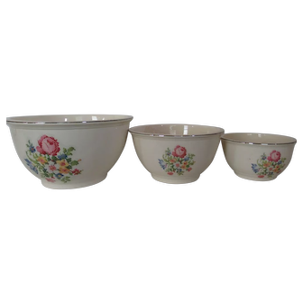 Homer Laughlin Kitchen Kraft Mixing Bowl Set (3) Petit Point Floral Pattern
