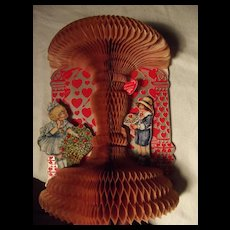 Large Valentine With Pull Out Honey Comb