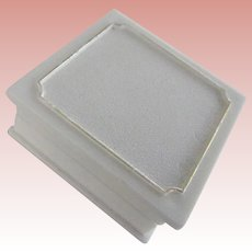 """White """"Traditional"""" Ring Box"""
