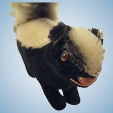 Steiff Skunk With Button