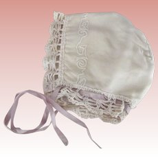 Wool Baby Hat With Embroidery and Lace