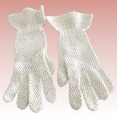 A Pair of Fancy White Vintage  Gloves