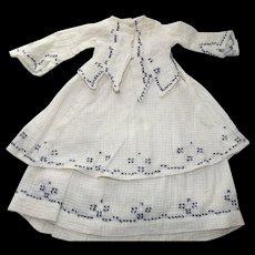 Fashion Dress With Cross Stitching