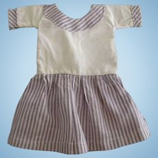 Lavender and White Doll Dress For A Small Doll
