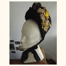 Early Mourning Bonnet