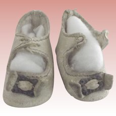 Small White Leather Doll Shoes With Heels