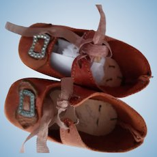 Brown Leather Doll Shoes With Heels