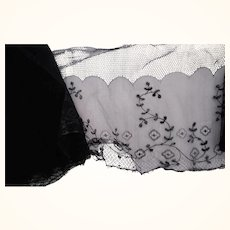 Black Lace , Fine Old Lace