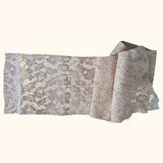 Wide Lace Yardage