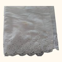 Eyelet Material With Scalloped  Edge