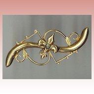 Victorian Gold Pin With Fleur de Lis