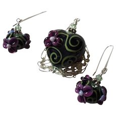 Forever Blooming Florals - Italian Moretti Glass, Artisan Lampwork Heart Focal Necklace with Matching Earrings
