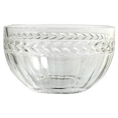 Villeroy and Boch Miss Desiree Round Bowl Crystal Glass Laurel Wreath Panel