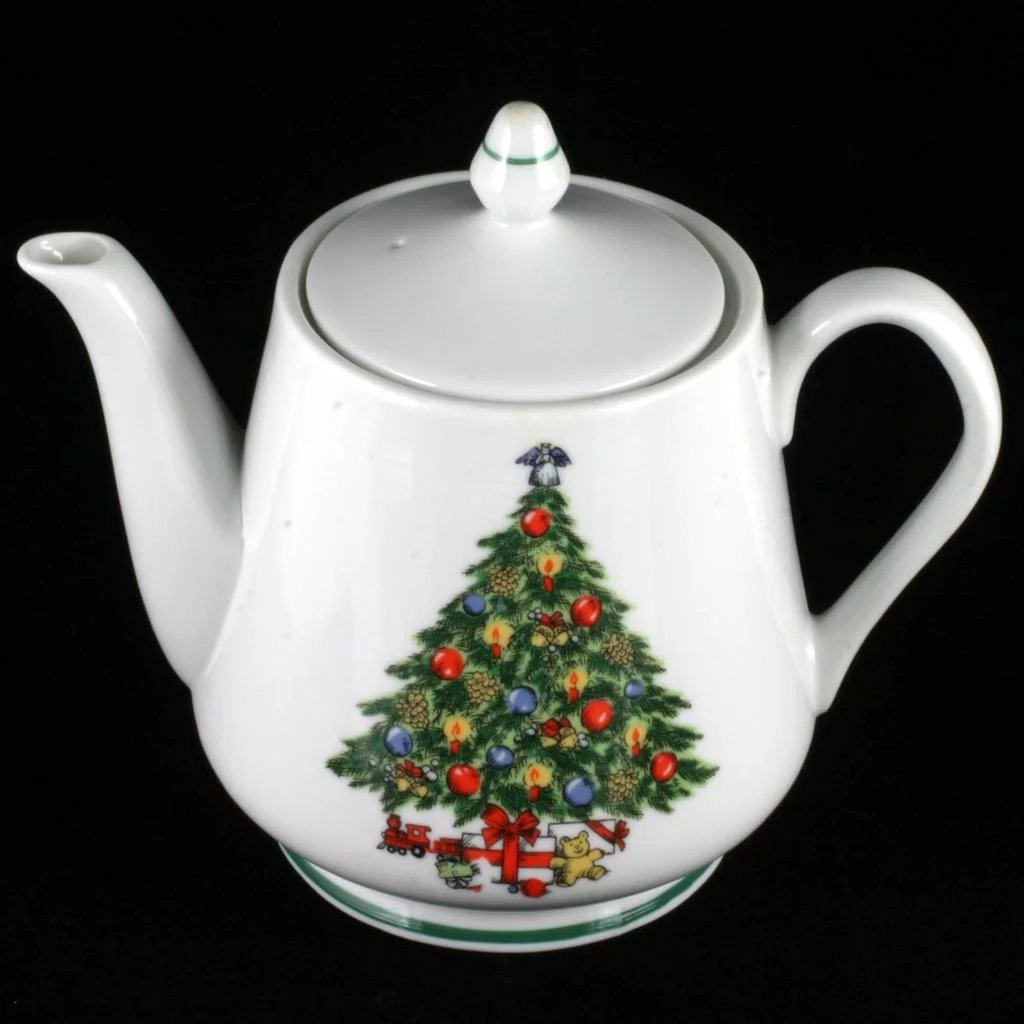 Christmas Tree Teapot: Christmas Tree China Teapot Mount Clemens 5 Cup Made In