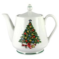 Christmas Tree China Teapot Mount Clemens 5 Cup Made in USA
