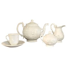 Italian Capodimonte Porcelain Tea Set