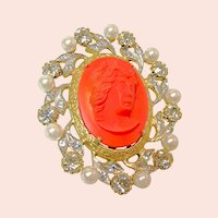 ~NETTIE ROSENSTEIN Brooch ~ c.1950 Glass ~ Hi-Relief Coral Cameo~
