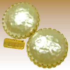 MIRIAM HASKELL Earrings Vintage, Glass Mobe Pearls w/ Crown Settings