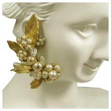 Vintage De MARIO Climber EARRINGS, Glass Pearls 'n Rhinestones c.1945