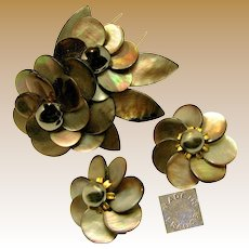 Vintage French Rare Floral Pin Clip Set, Sable Abalone c.1940's