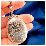 Large  Vintage Floral Engraved Oval Sterling Silver Locket
