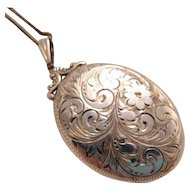 Vintage Floral Engraved Oval Sterling Silver Locket
