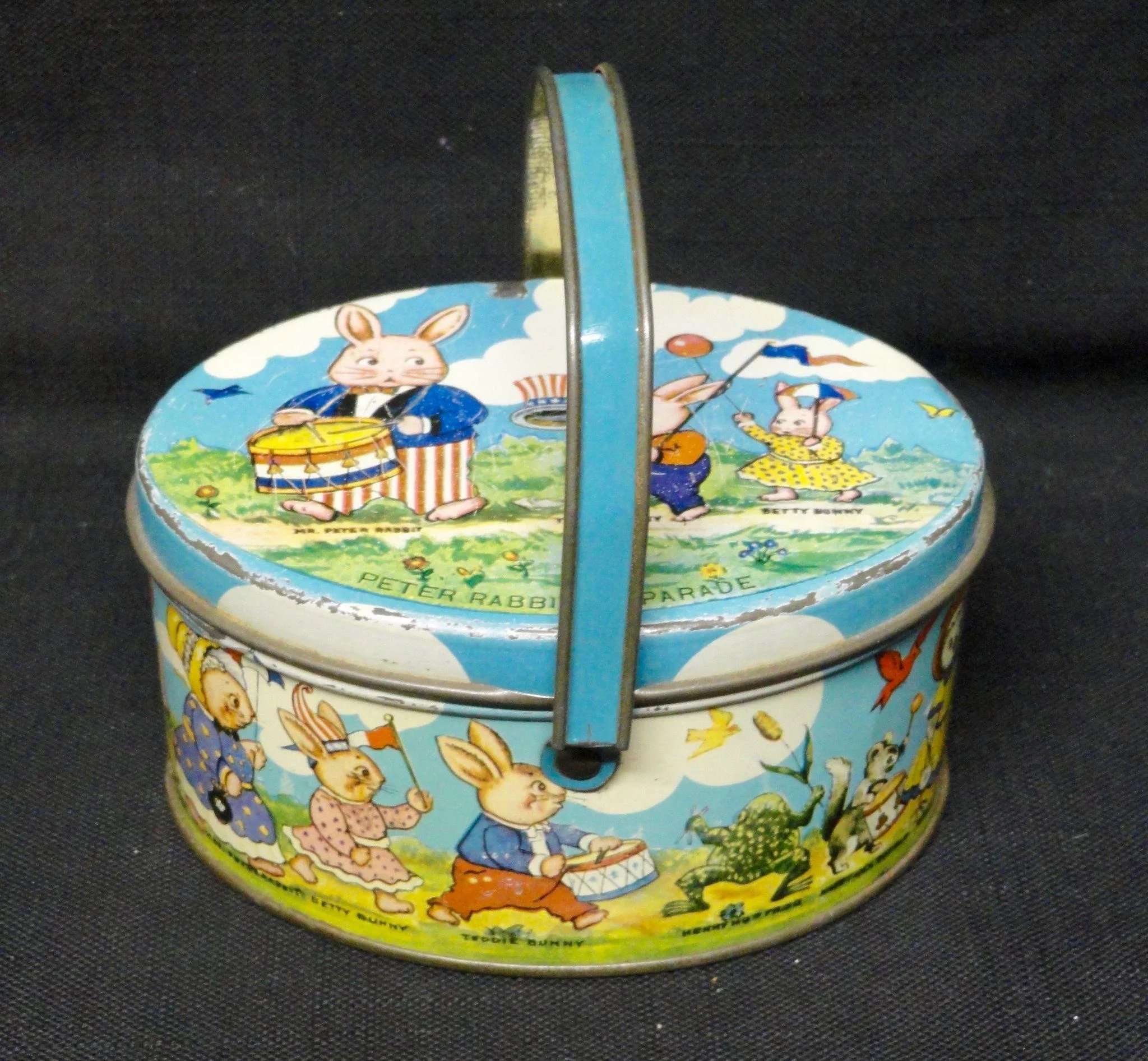 Jack Rabbit Usa >> Tindeco PETER RABBIT July 4 Candy TIN Container : Childhood Antiques | Ruby Lane