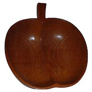 Beautiful Carved Wood Art Center Piece Fruit Apple Design Bowl