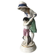 Meissen Porcelain Figurine Girl and Boy by Alfred Konig