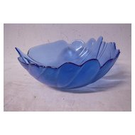 Vintage Beautiful Blue Glass Leaf Bowl