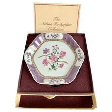 Mottahedeh for Nelson Rockefeller Collection Teapot Stand